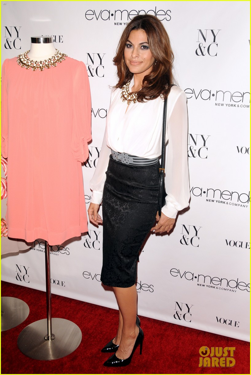 eva mendes launches her new york company clothing line 05