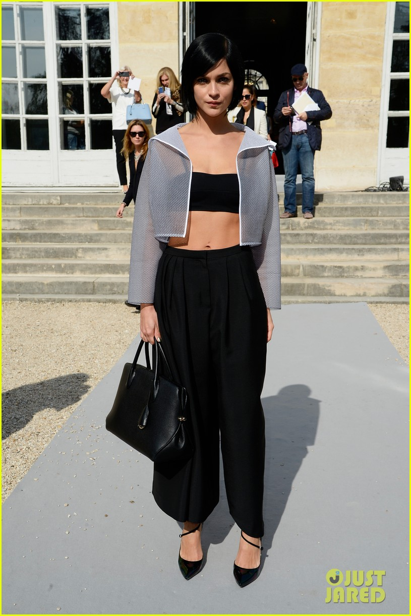olga kurylenko dior paris fashion show 072961075