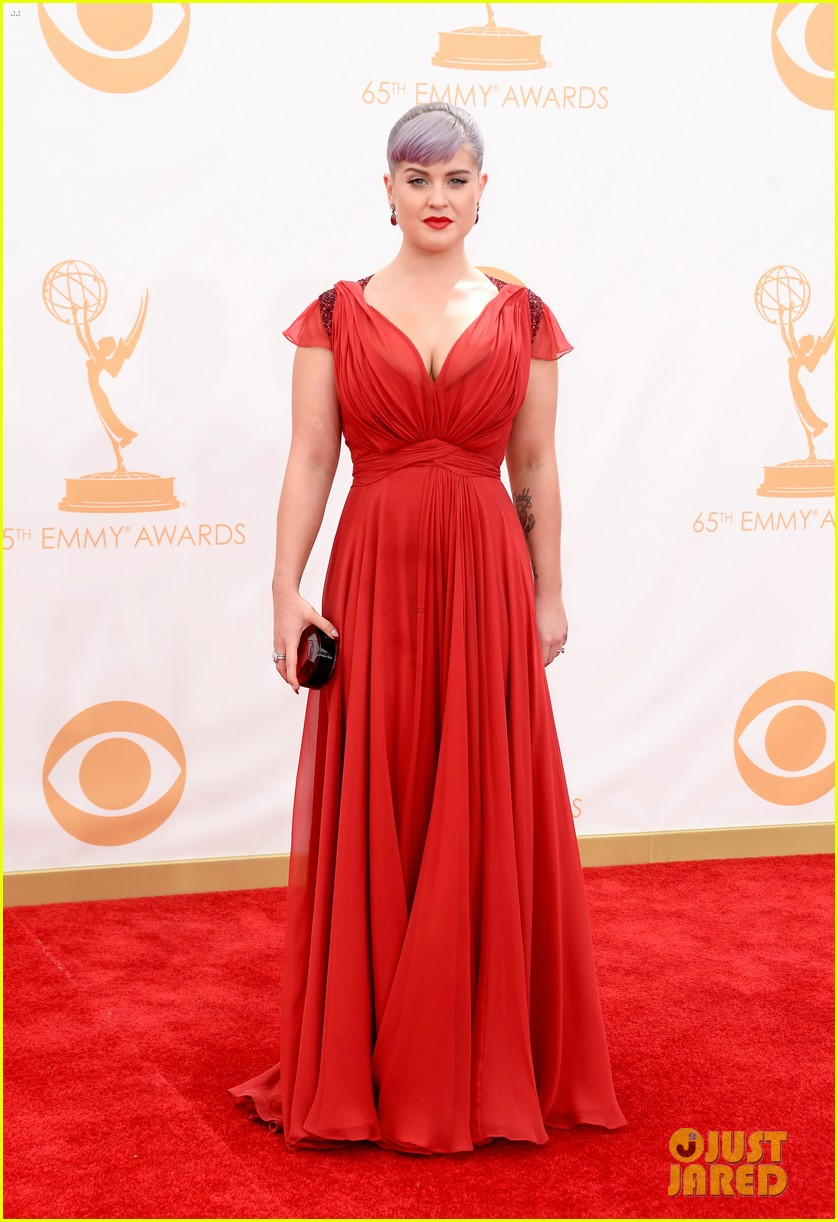kelly osbourne giuliana rancic emmys 2013 red carpet 092957878