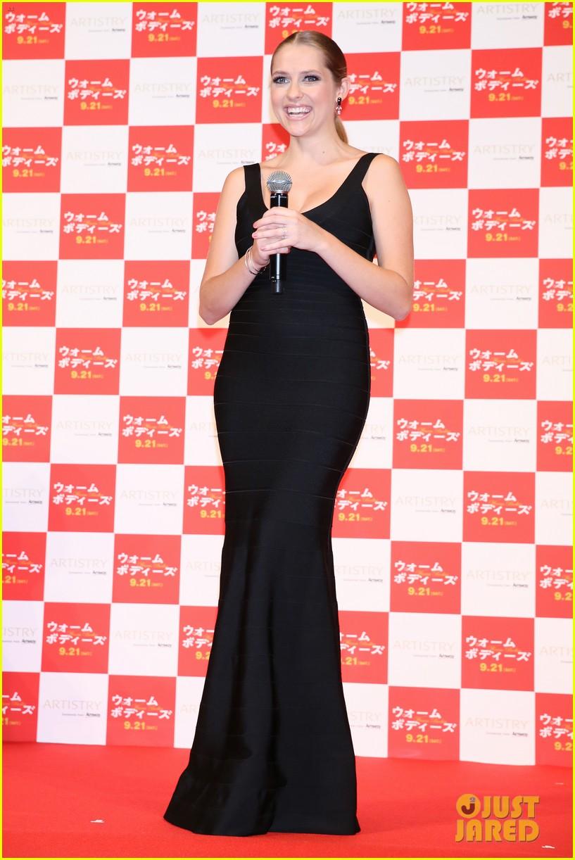 teresa palmer warm bodies japan premiere 02