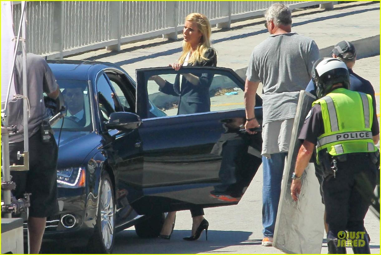 gwyneth paltrow classy hugo boss shoot 09