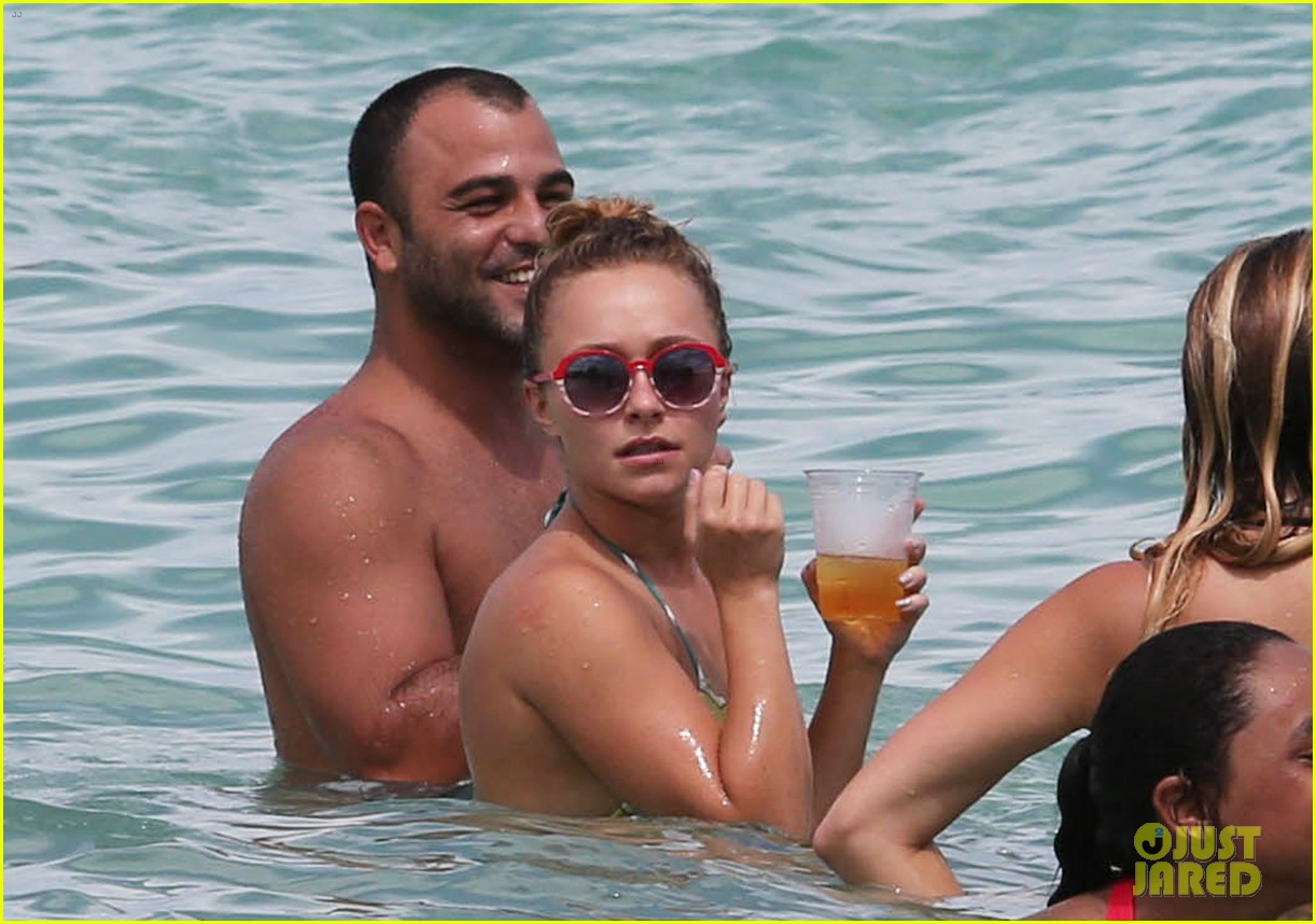 hayden panettiere bikini babe for labor day weekend 092941893