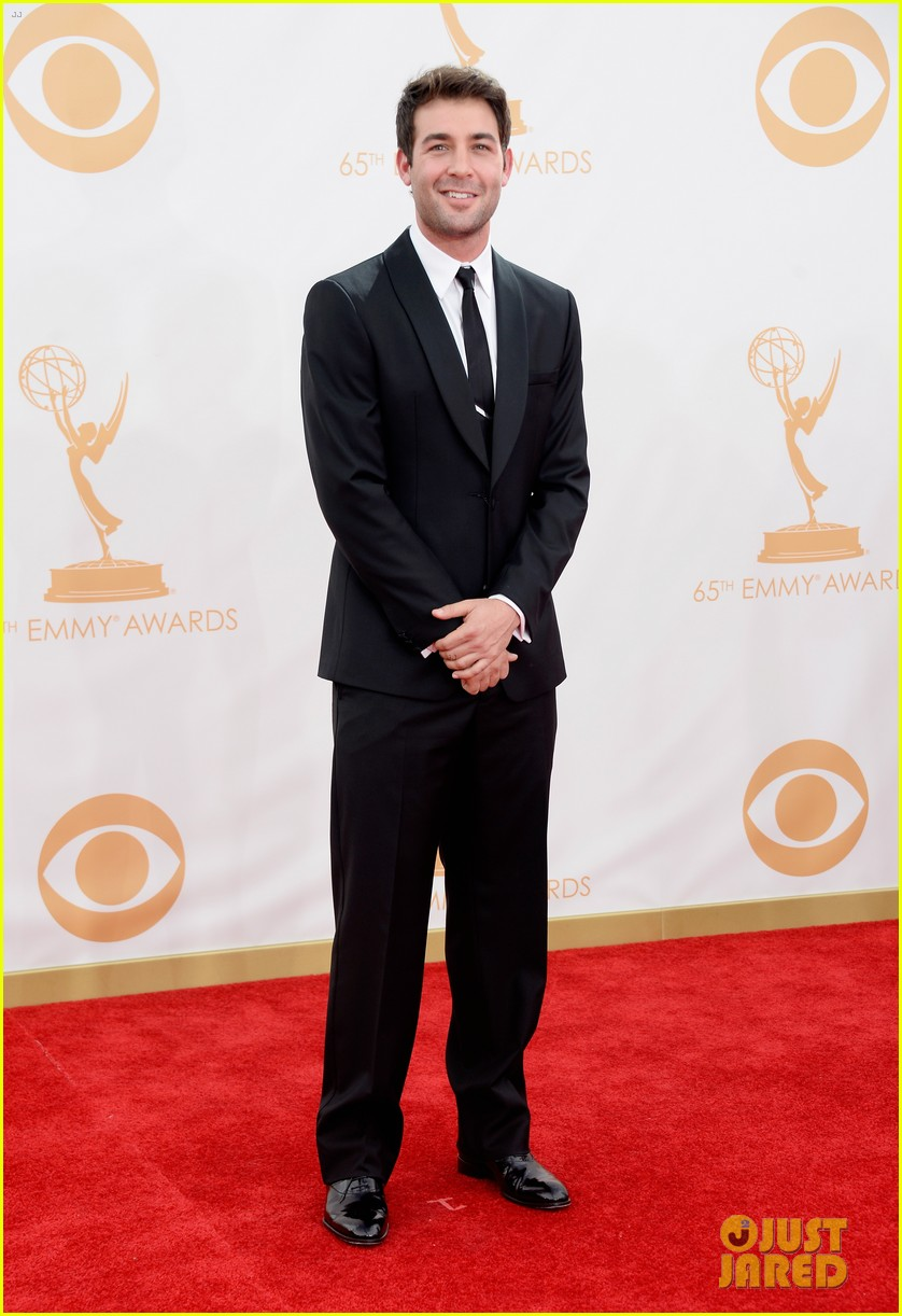 jessica pare james wolk emmys 2013 red carpet 05