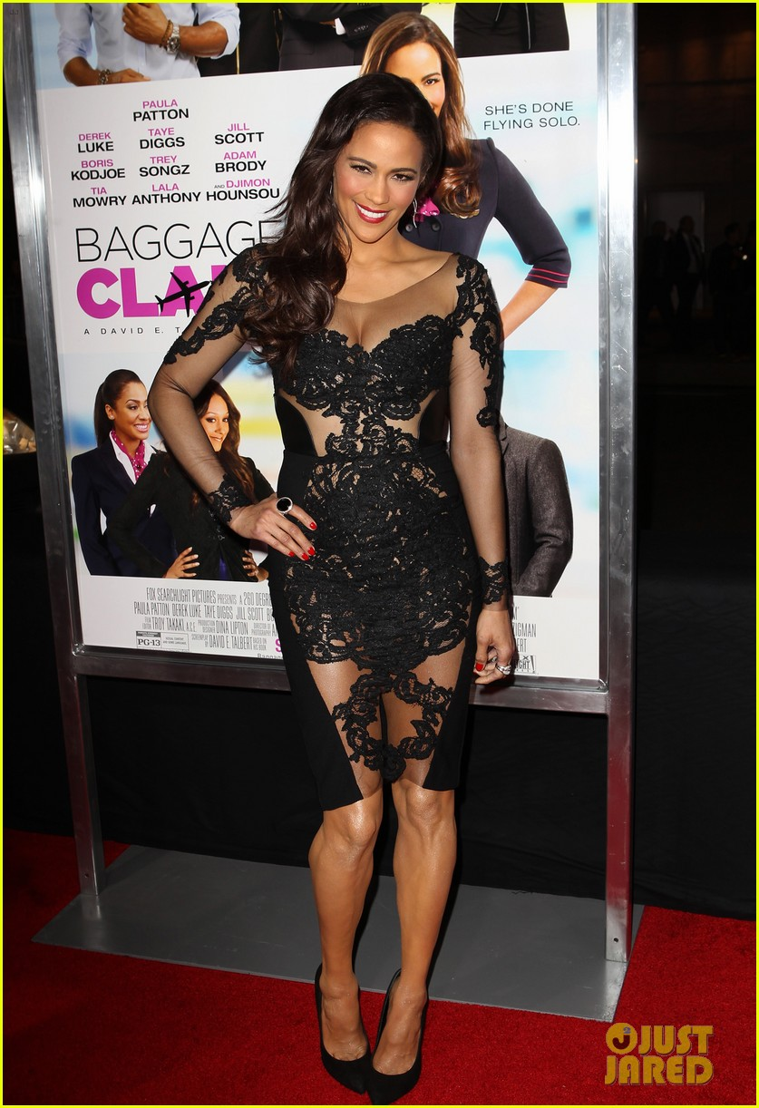 paula patton baggage claim premiere with robin thicke 17