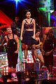 katy perry bares midriff at iheartradio music festival 22