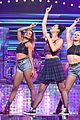 katy perry bares midriff at iheartradio music festival 26