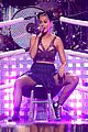katy perry bares midriff at iheartradio music festival 27