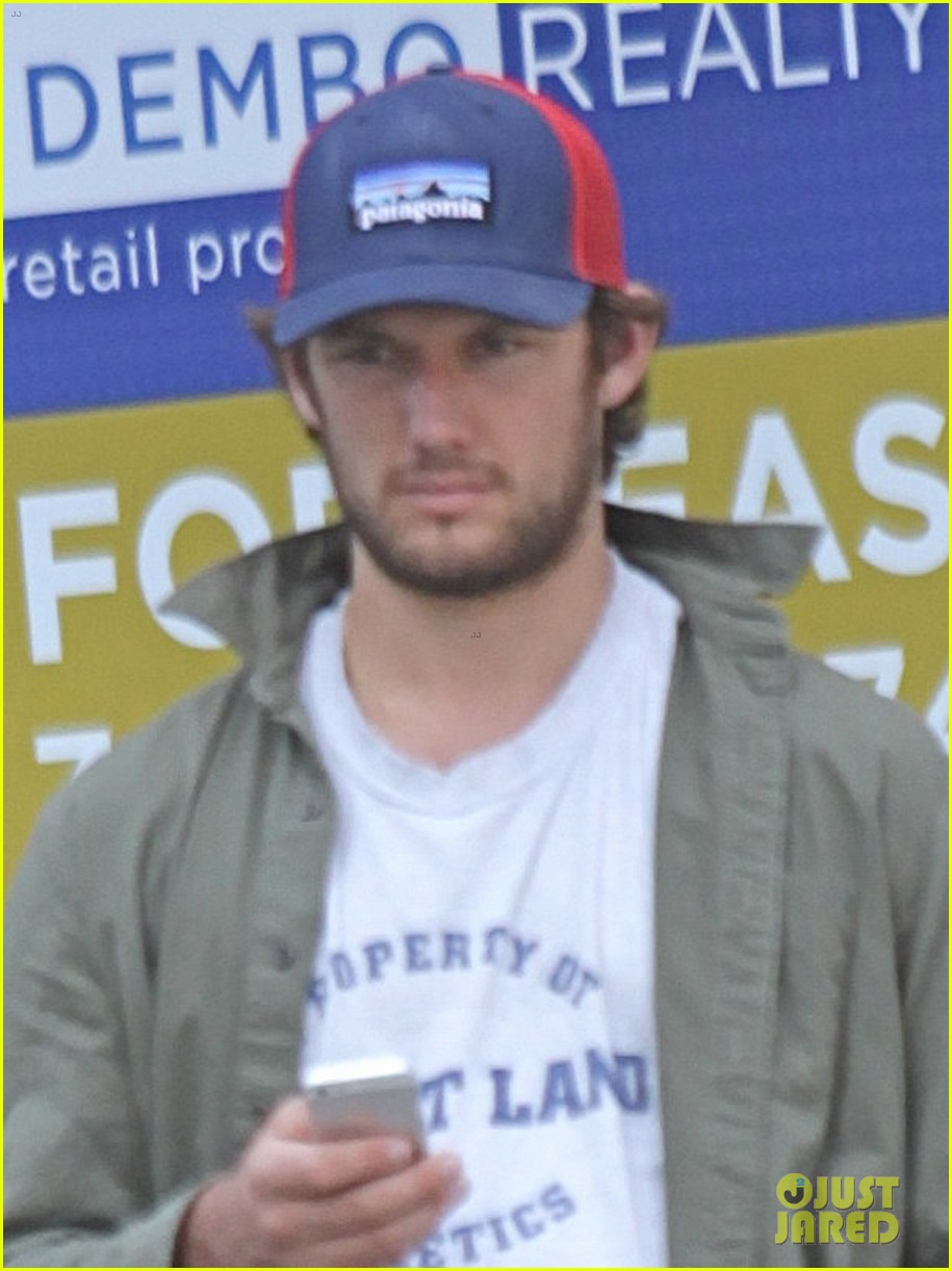 alex pettyfer makes video confirming his instagram account 04