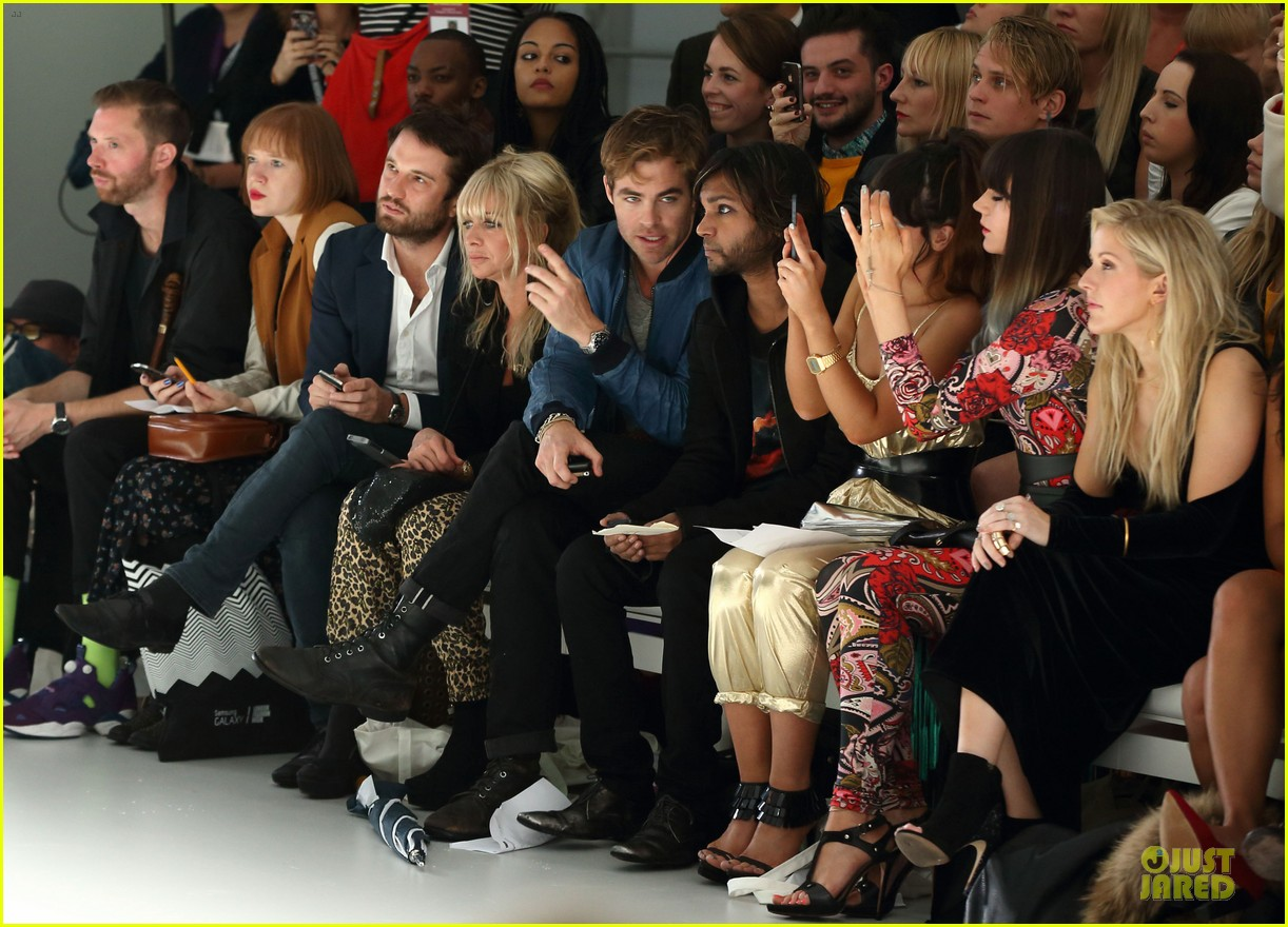 chris pine ppq fashion show in london 03