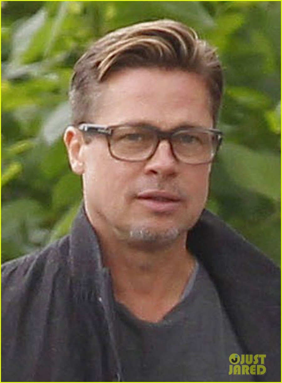 brad pitt shows off short sexy haircut 03