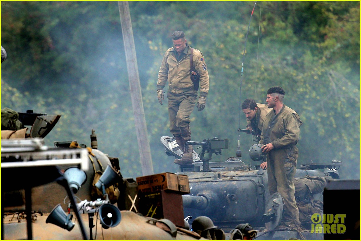 brad pitt rocks slicked back hair army outfit on fury set 012963191