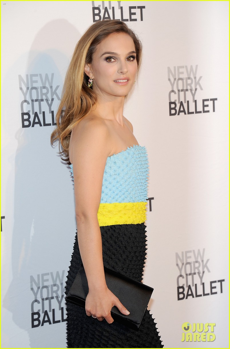 Full Sized Photo of na... Natalie Portman