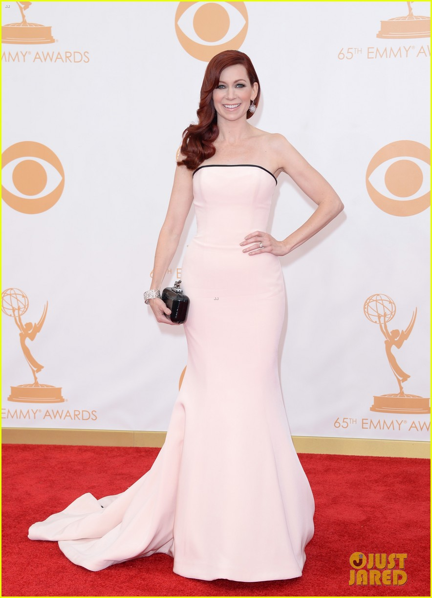 carrie preston linda cardellini emmys 2013 red carpet 102957912