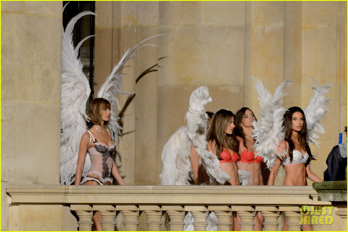 behati prinsloo lily aldridge vs angels louvre shoot 05