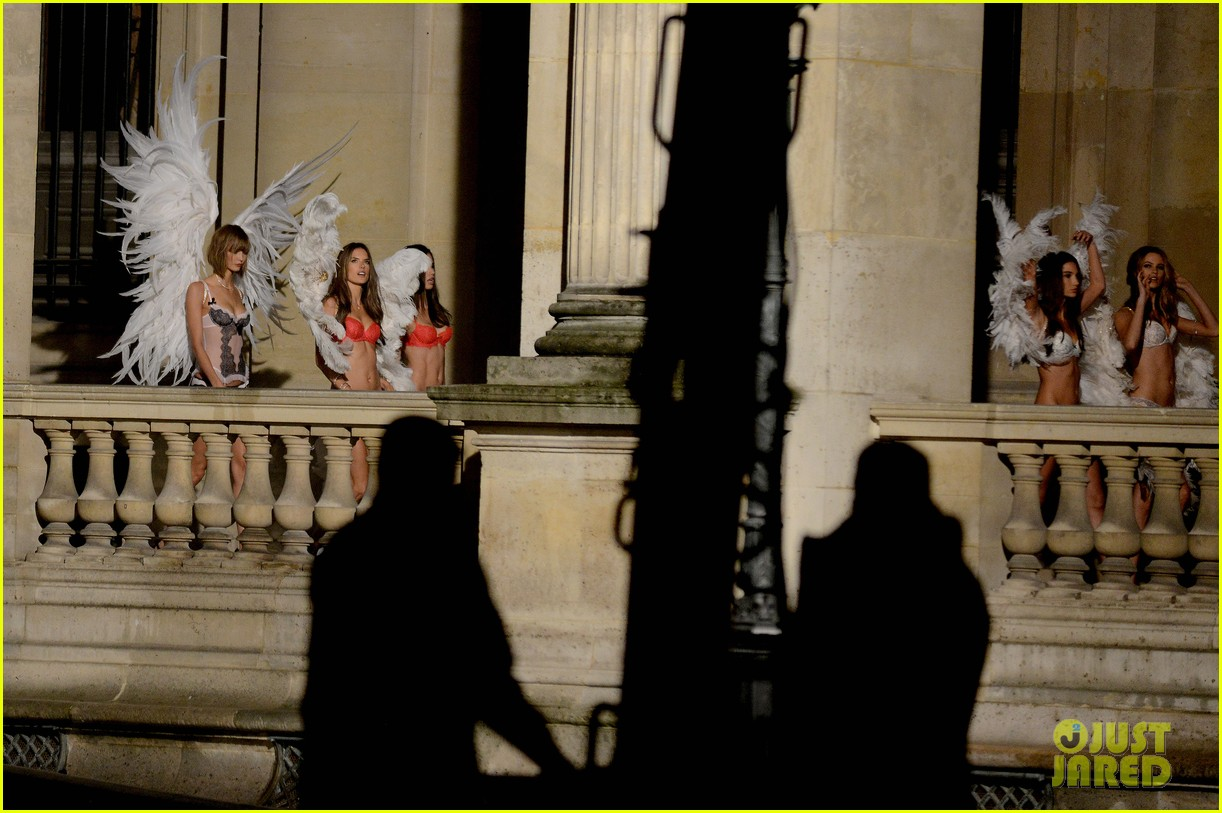 behati prinsloo lily aldridge vs angels louvre shoot 08