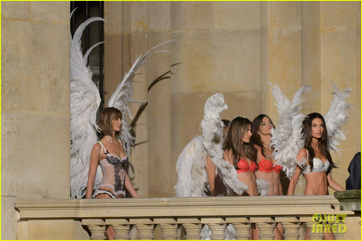 behati prinsloo lily aldridge vs angels louvre shoot 16