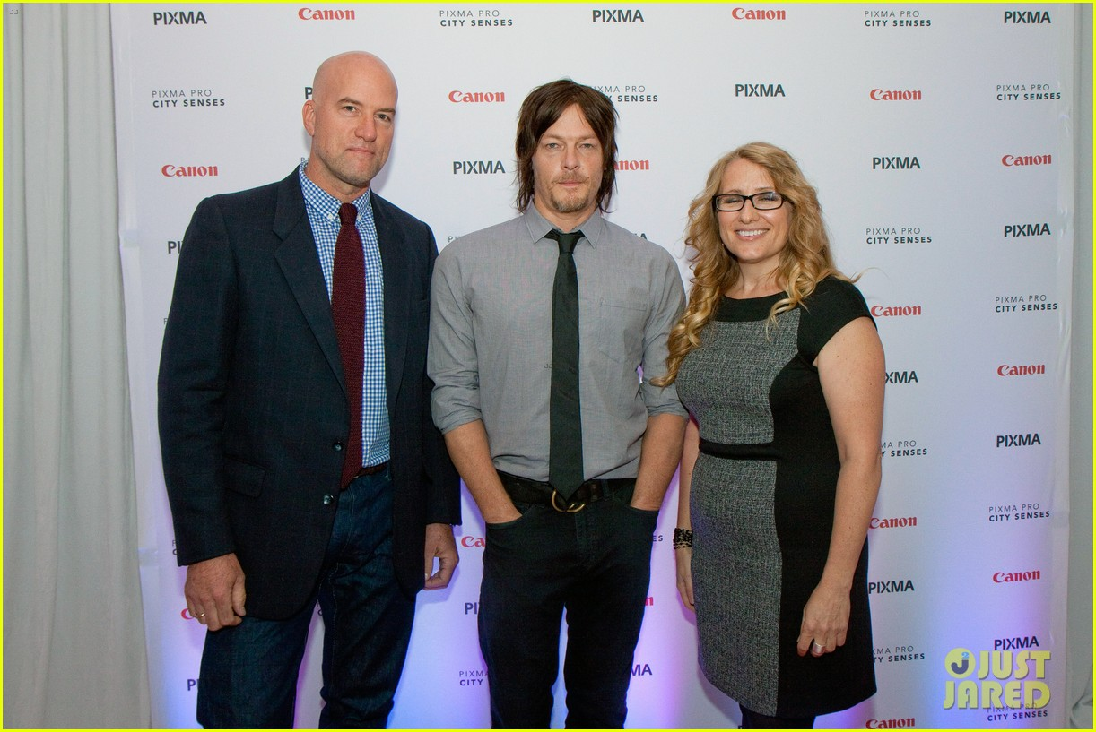 norman reedus canon pixma pro city senses gallery host 04