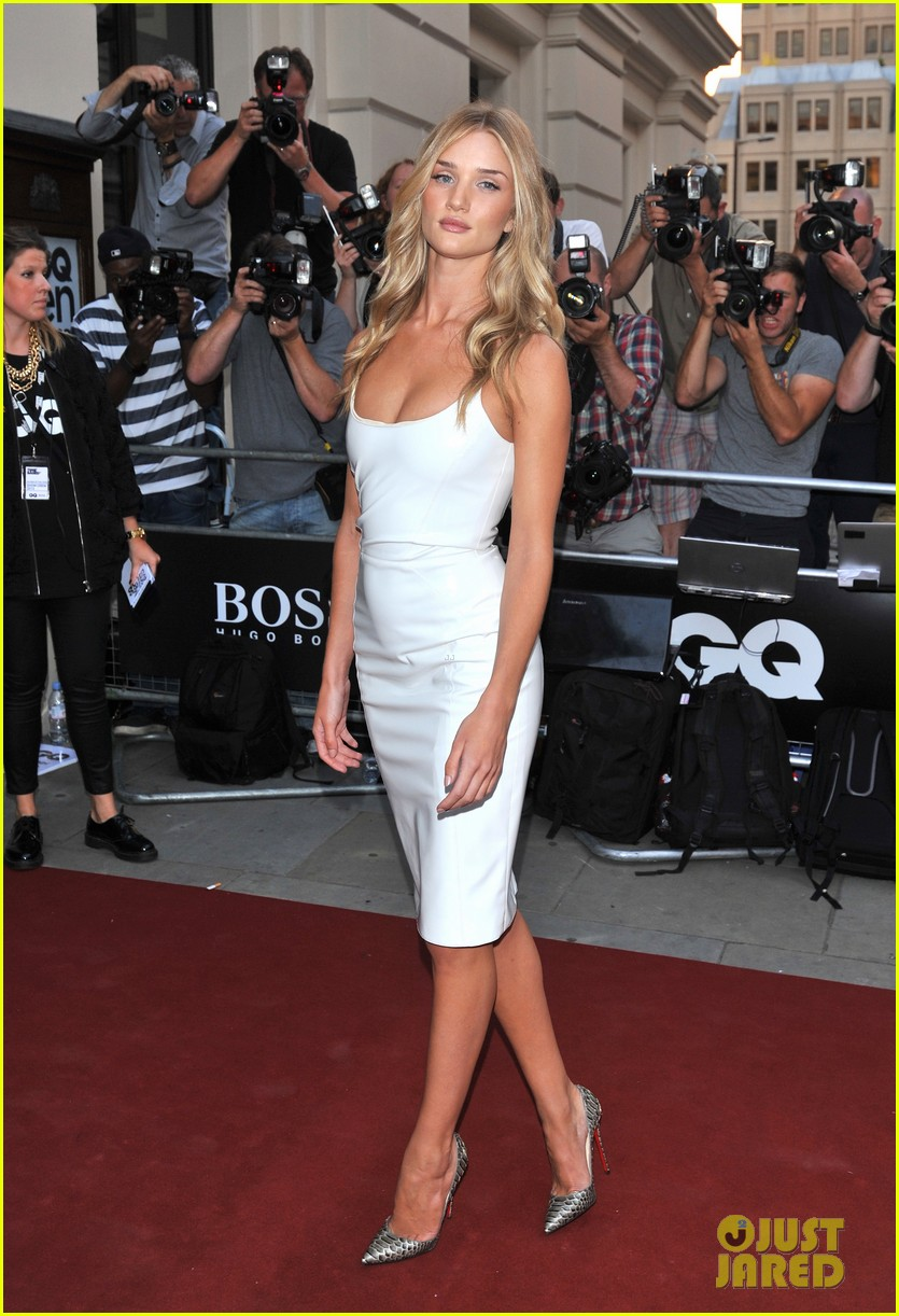 rosie huntington whiteley gq men of the year awards 2013 04