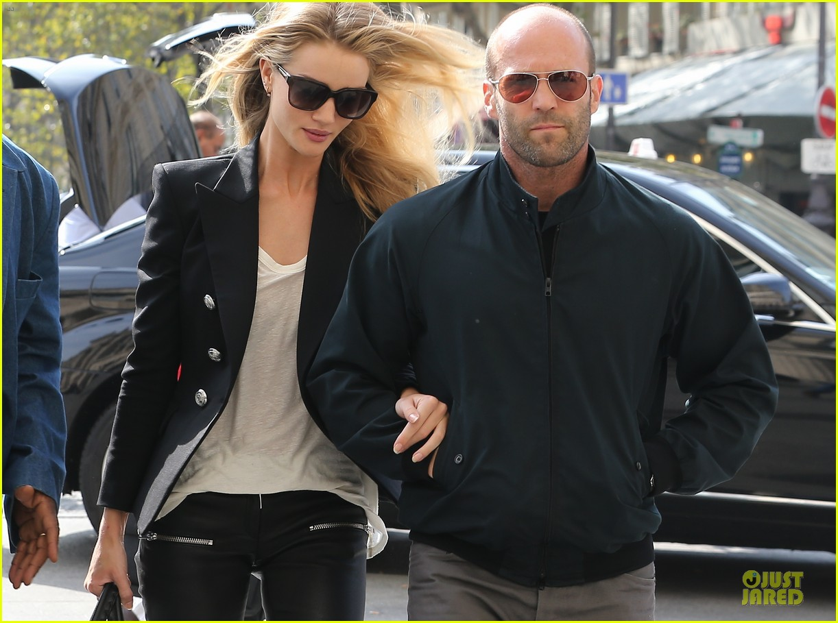 rosie huntington whiteley jason statham hook arms in europe 082961480