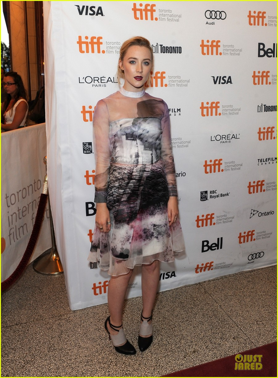 saoirse ronan george mackay how i live now tiff premiere 012949871
