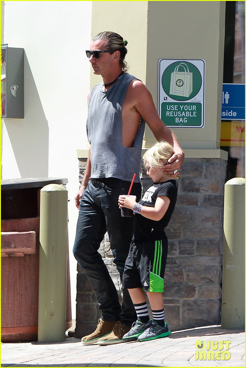 gavin rossdale malibu pit stop with the boys 032942793