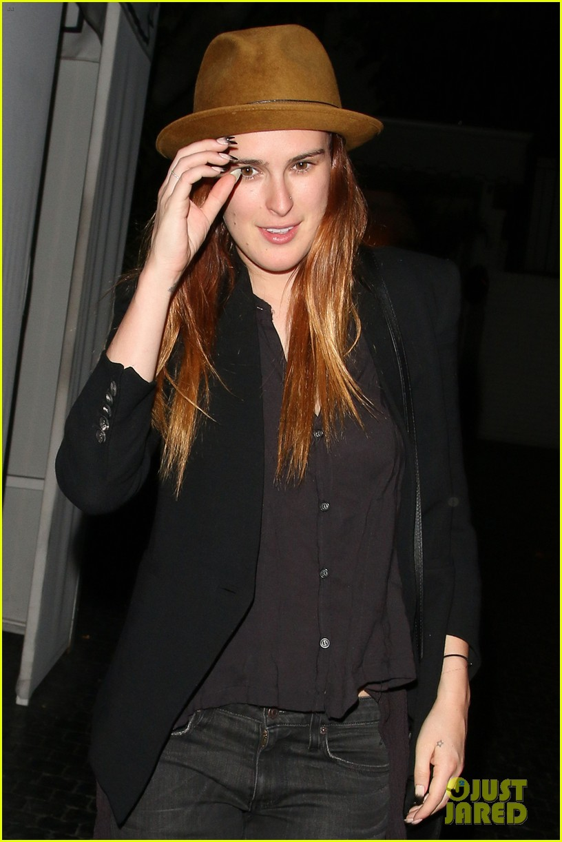 rumer willis chateau marmont after hawaii five 0 filming 01