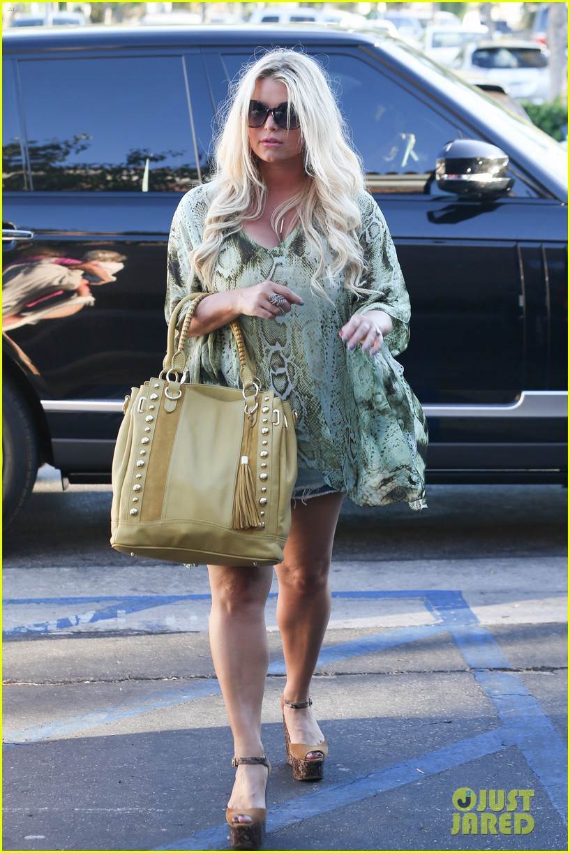 jessica simpson kings fish house dinner with family 10