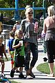 gwen stefani mommy duties with kingston and zuma 23