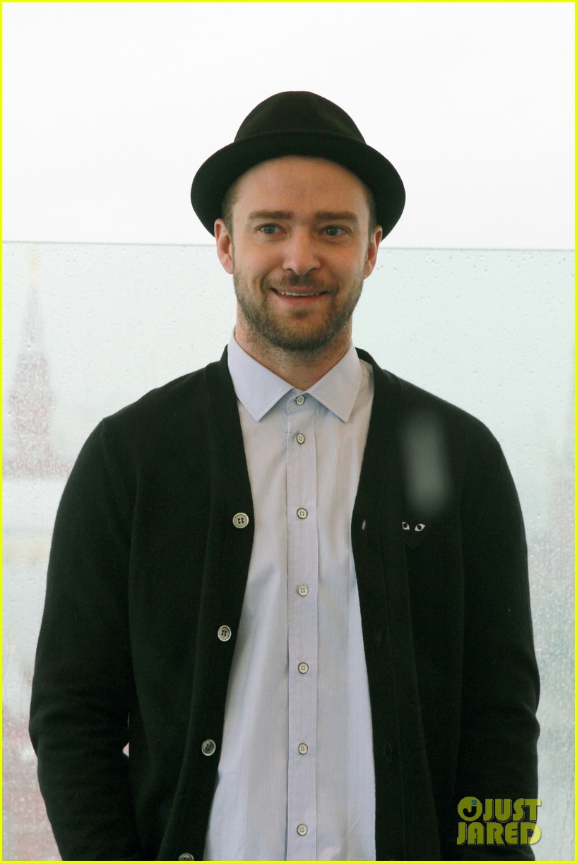 justin timberlake runner runner moscow photo call 11