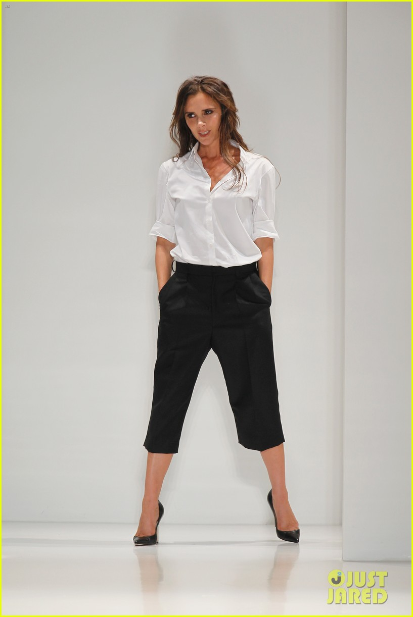 victoria beckham presents her spring collection at fashion week 06