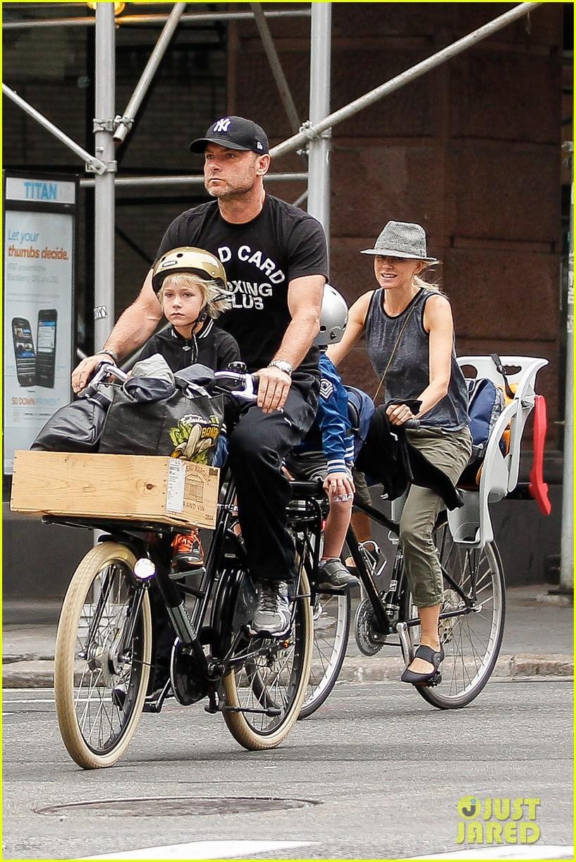 naomi watts family bike all week in new york city 072950136