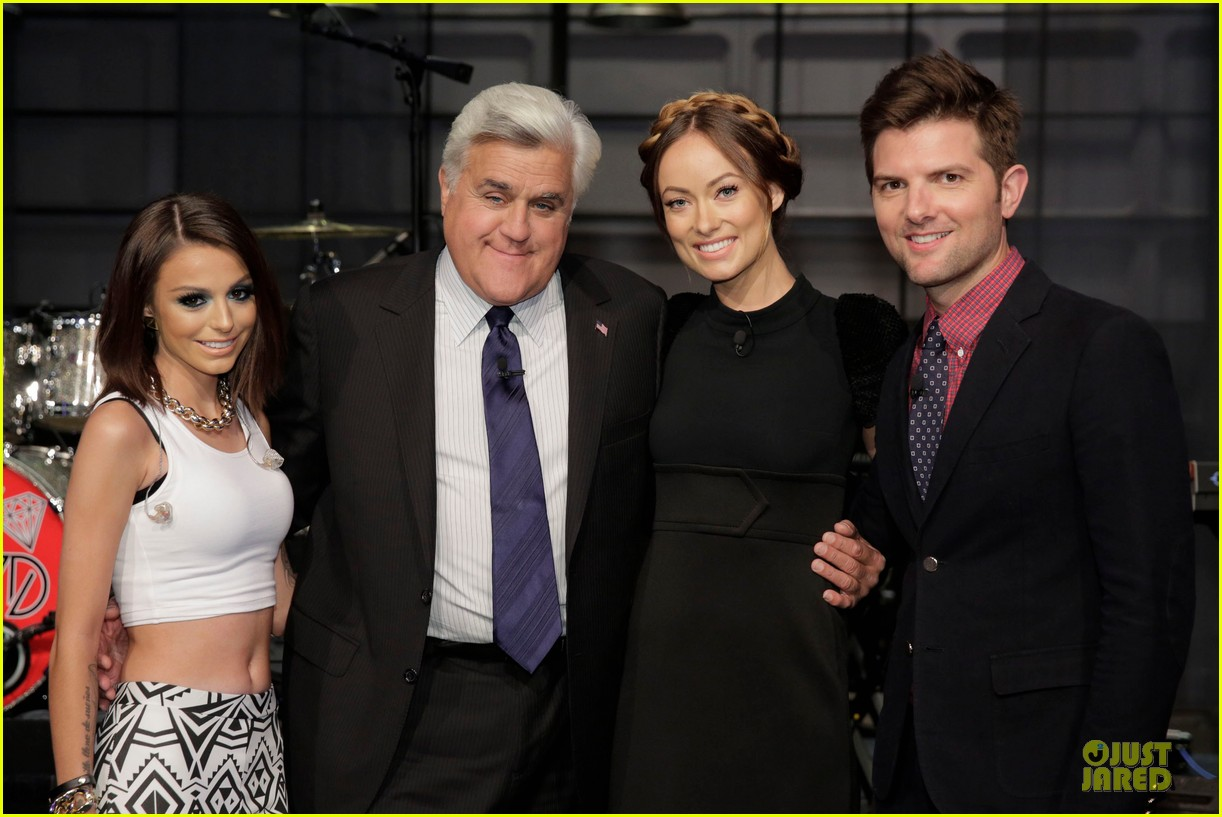 olivia wilde cher lloyd tonight show with jay leno guests 02