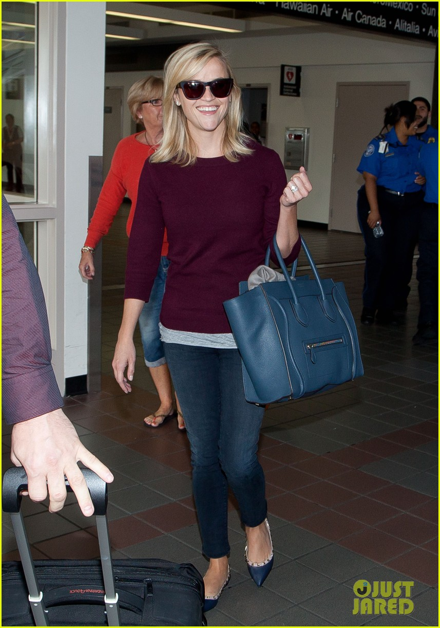 reese witherspoon hits lax after devil's knot tiff premiere 07