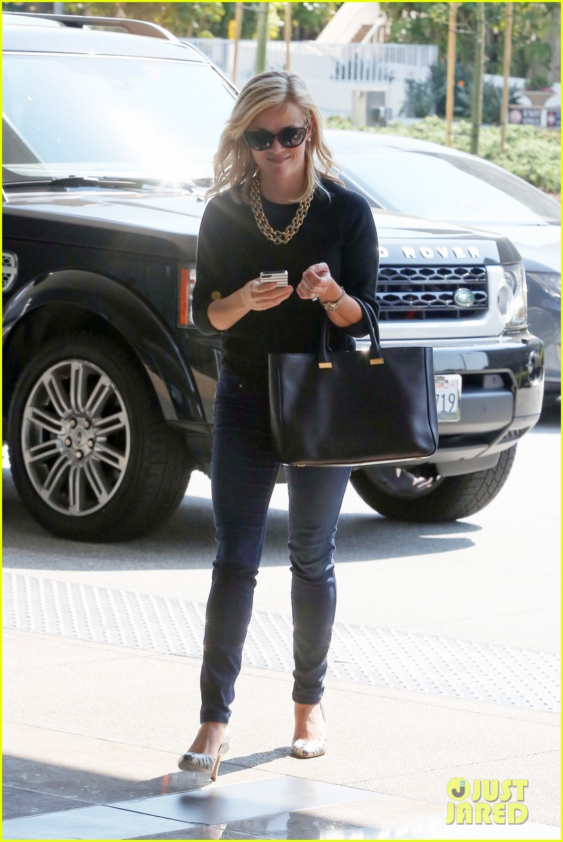 reese witherspoon weekday meetings after tiff premiere 072950594