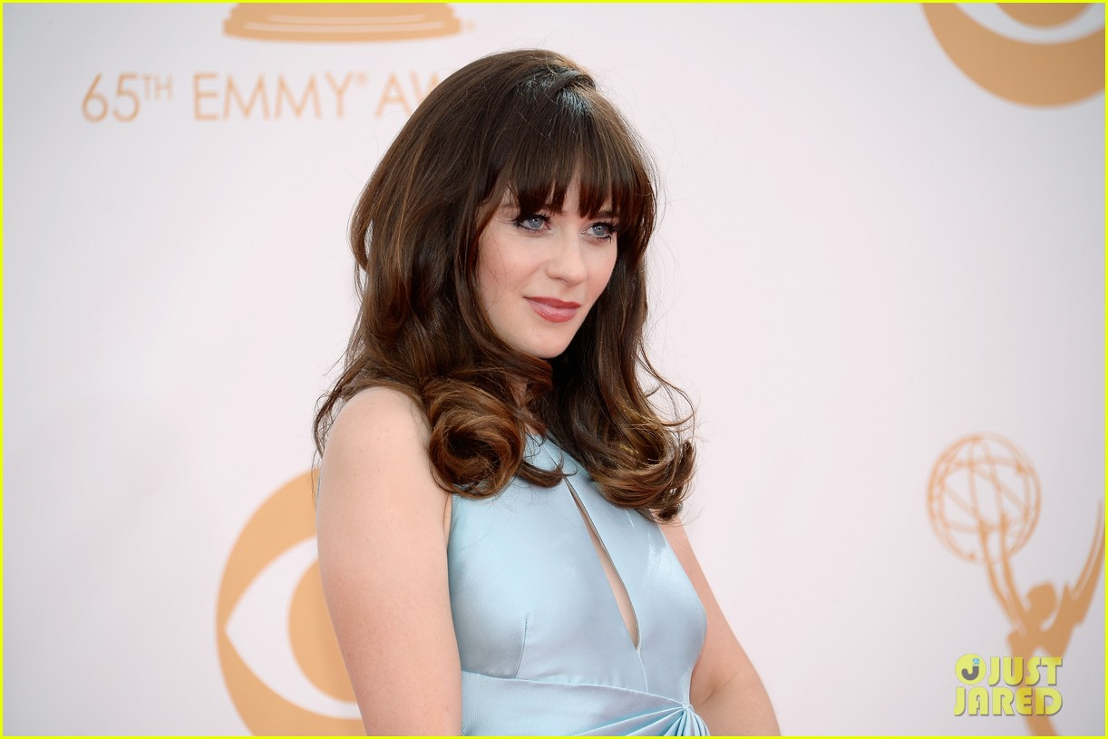 zooey deschanel emmys 2013 red carpet 08