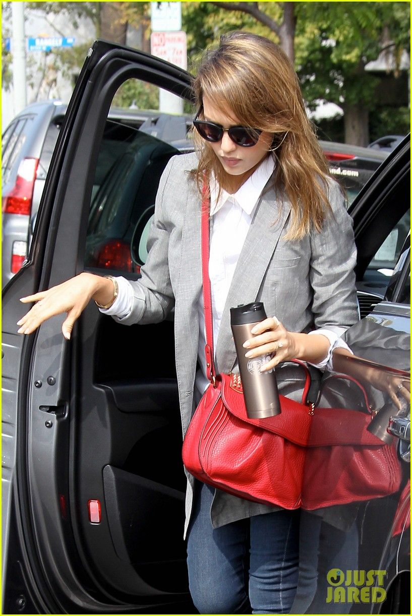 jessica alba nicole richie cadillacs 50 most fashionable women of 2013 32