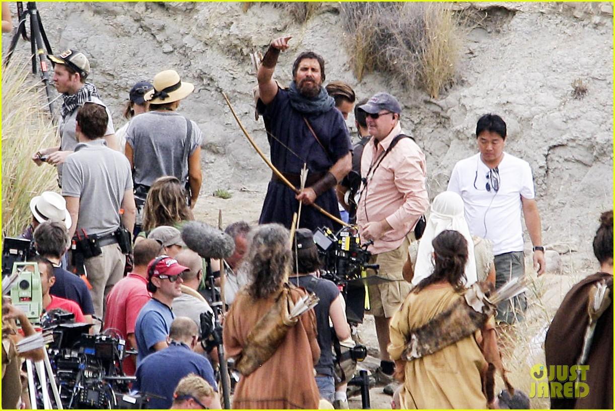 christian bale rocks beard wears tunic for exodus 10