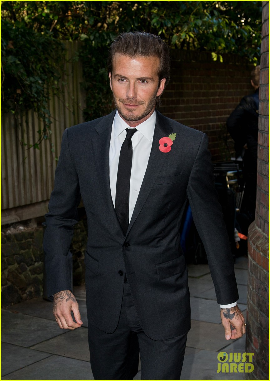 david beckham facebook global book signing 062982942