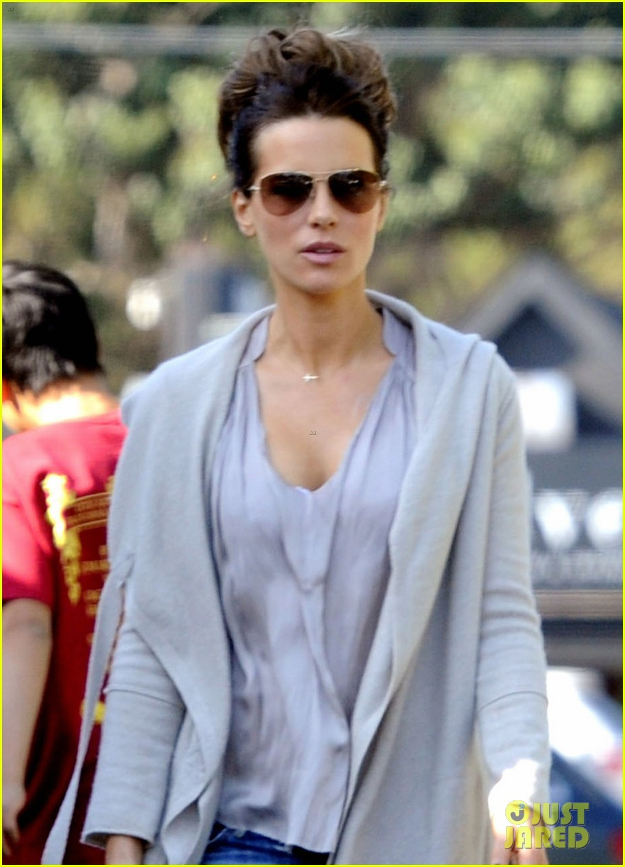 kate beckinsale len wiseman sells conspiracy drama to abc 022971033