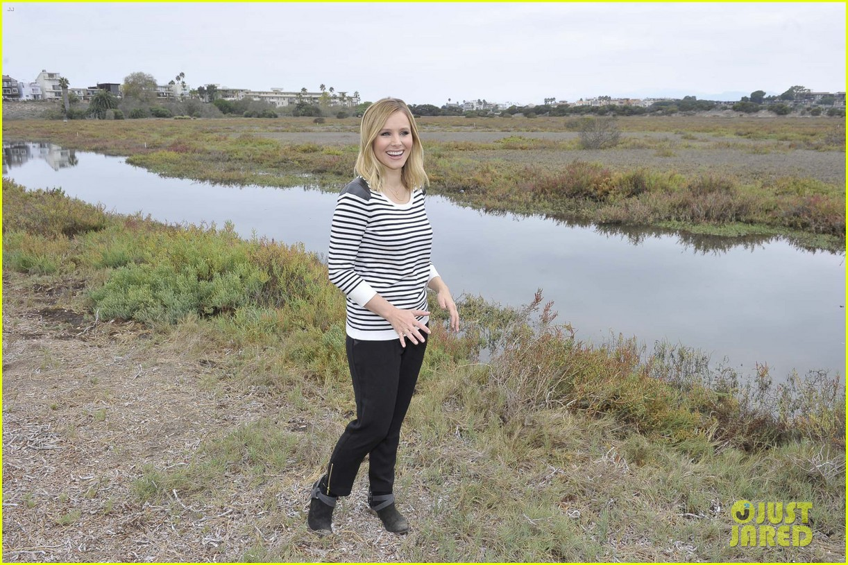 kristen bell im not concerned about my post baby weight 06