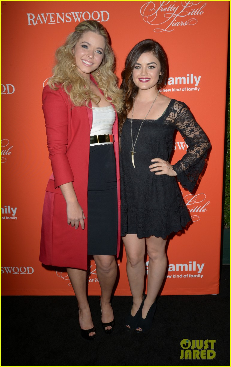 ashley benson lucy hale pretty little liars halloween screening 012972867