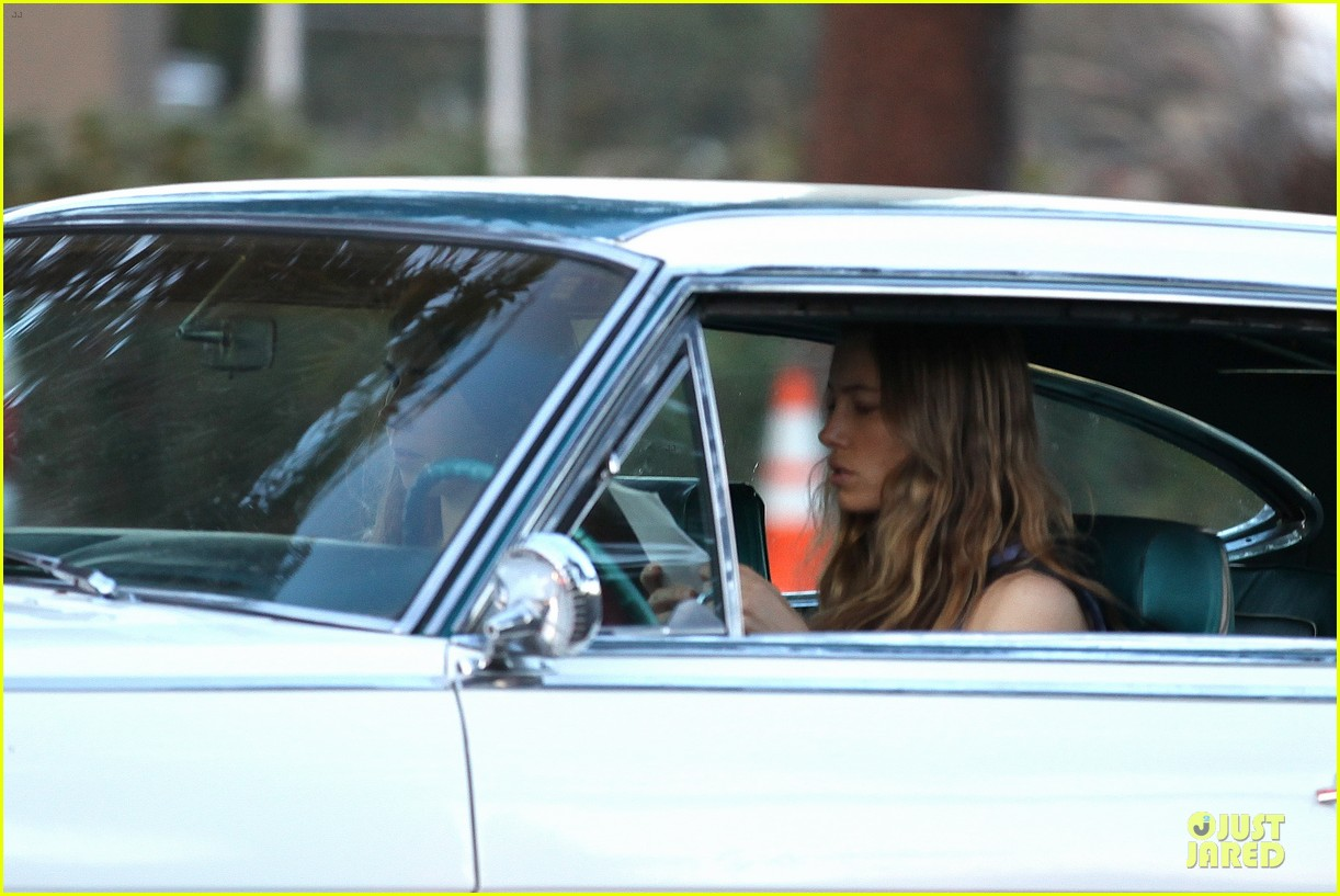 jessica biel zosia mamet car scenes on shiva may set 122977504