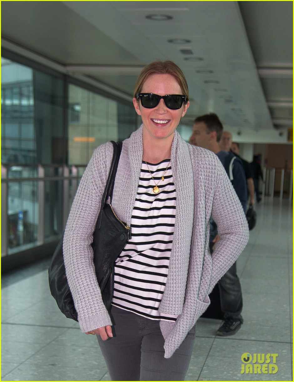 emily blunt into the woods broadway star talks brilliant casting 02
