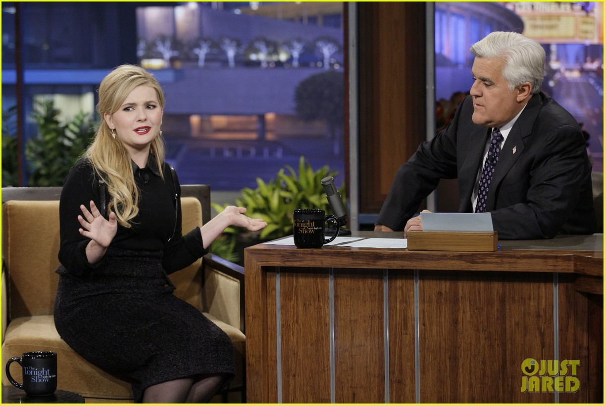 abigail breslin promotes enders game on jay leno 08