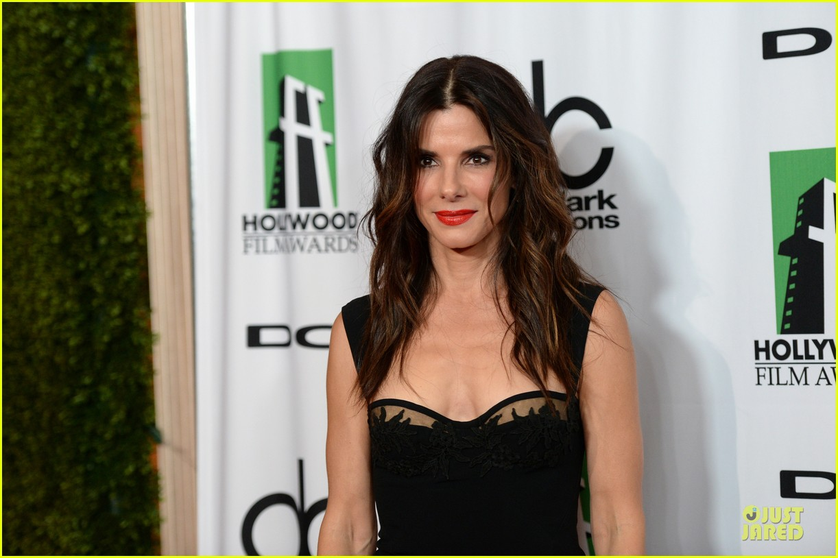 sandra bullock olivia munn hollywood film awards 2013 312976650