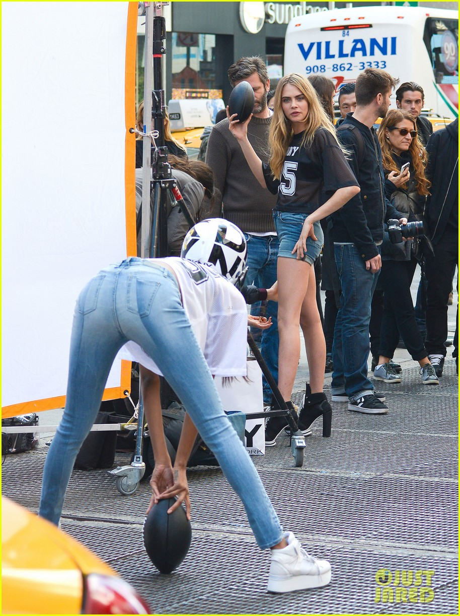 cara delevingne dkny shoot with asap rocky jourdan dunn 01