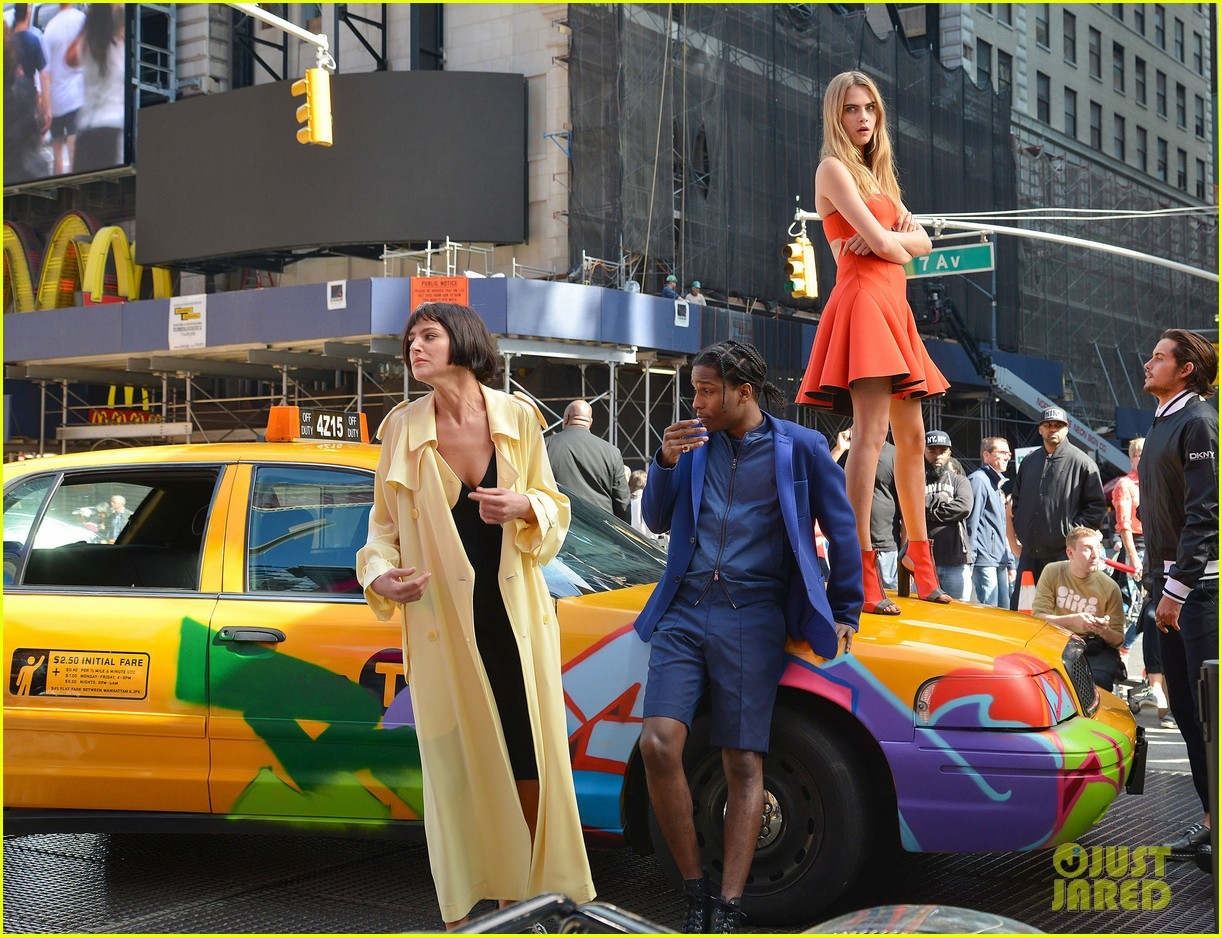 cara delevingne dkny shoot with asap rocky jourdan dunn 15