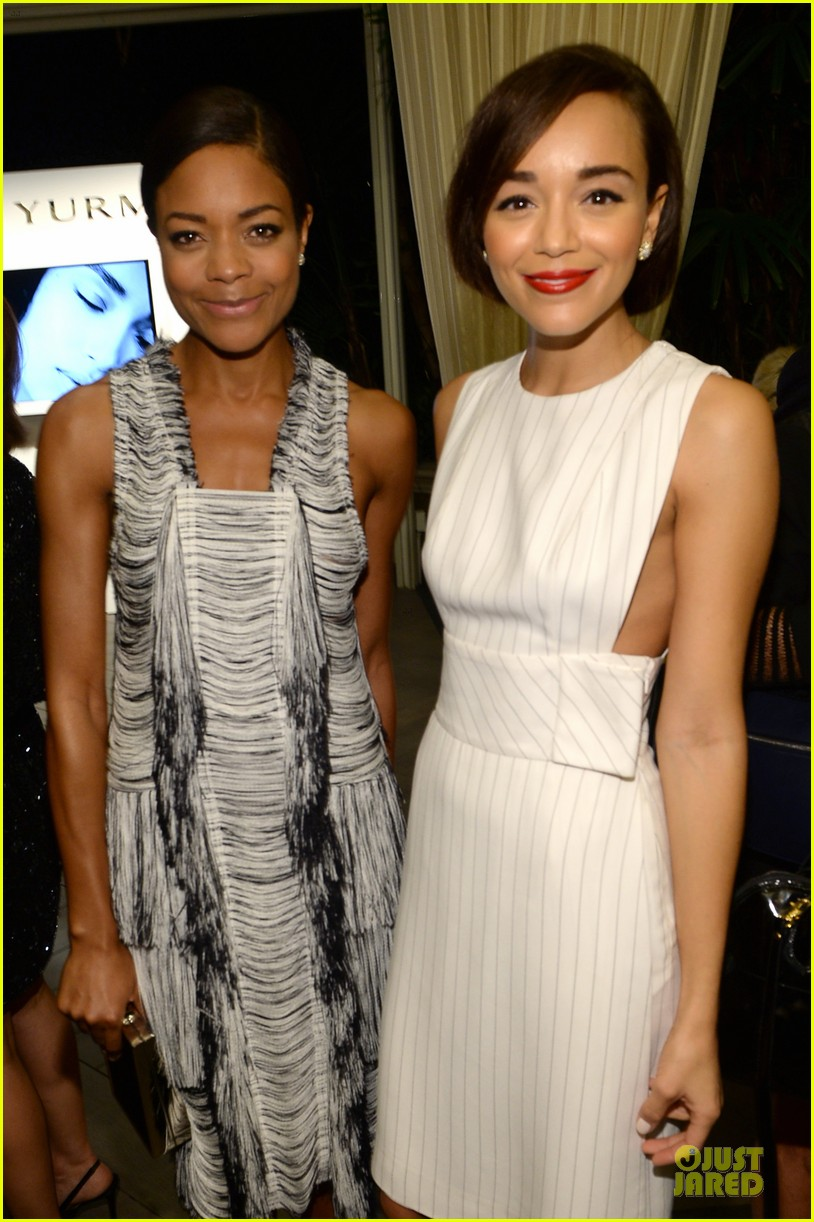 emilia clarke naomie harris elle women in hollywood celebration 17