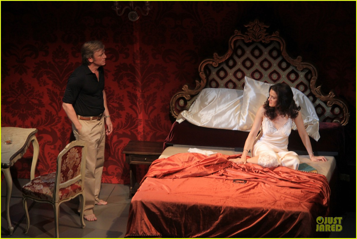 daniel craig rachel weisz betrayal first preview performance 102964244