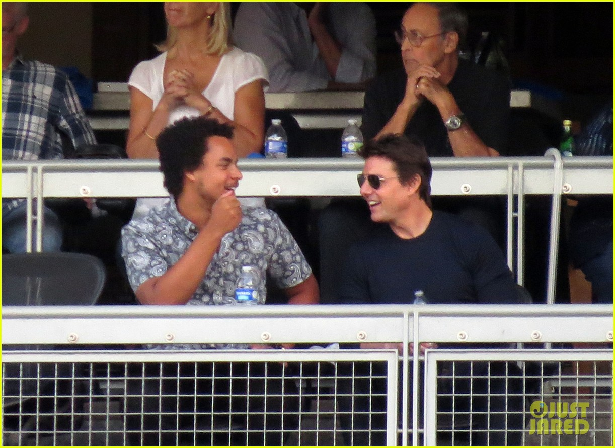 tom cruise dodger game with son connor 02
